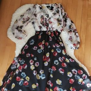 Ann Taylor Floral Dress Long Sleeve with Clasp